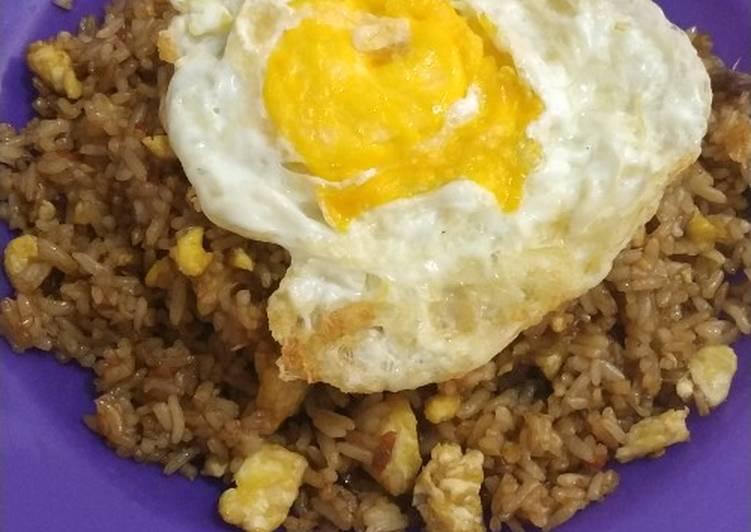 Nasi goreng sambal bawang Bu Rudy