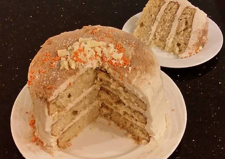 Cinnamon Layer Cake with Cinnamon Buttercream Filling/Frosting