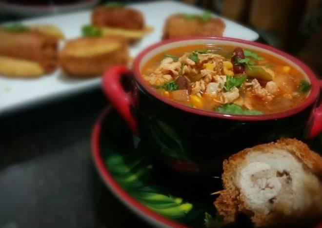Chicken fajita soup with chicken pin rolls and cheesy potatoes