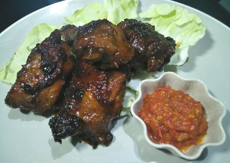 Ayam Bakar Kecap (Grilled Chicken with Sweet Soy Sauce)
