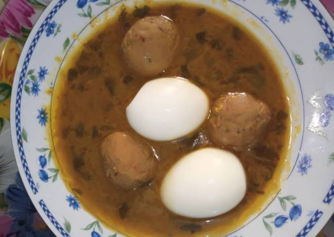 Anda kofta curry