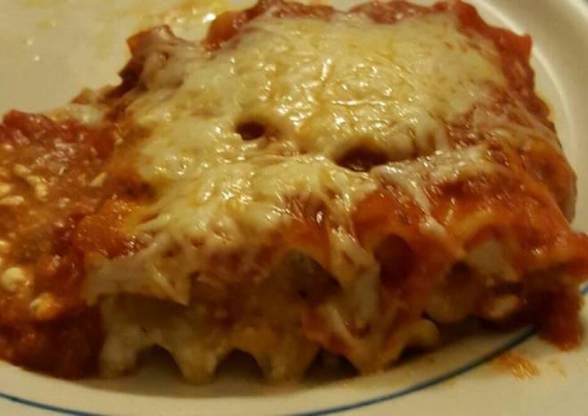 Taisen's lasagna roll ups