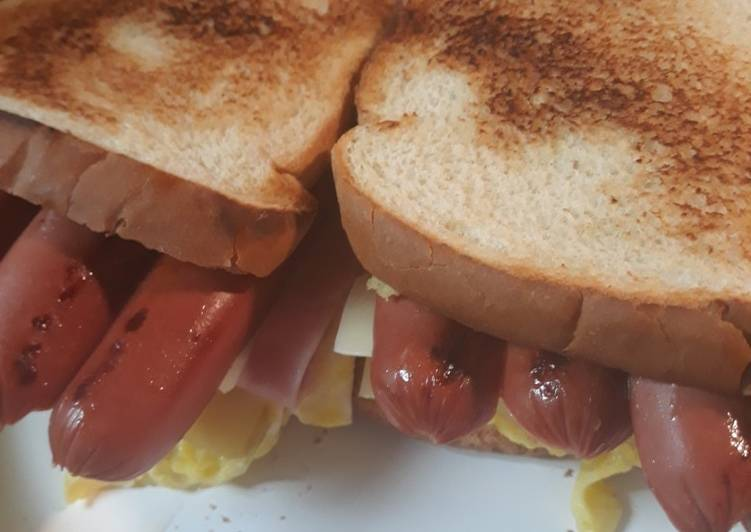 Heafty Breakfast Sandwich
