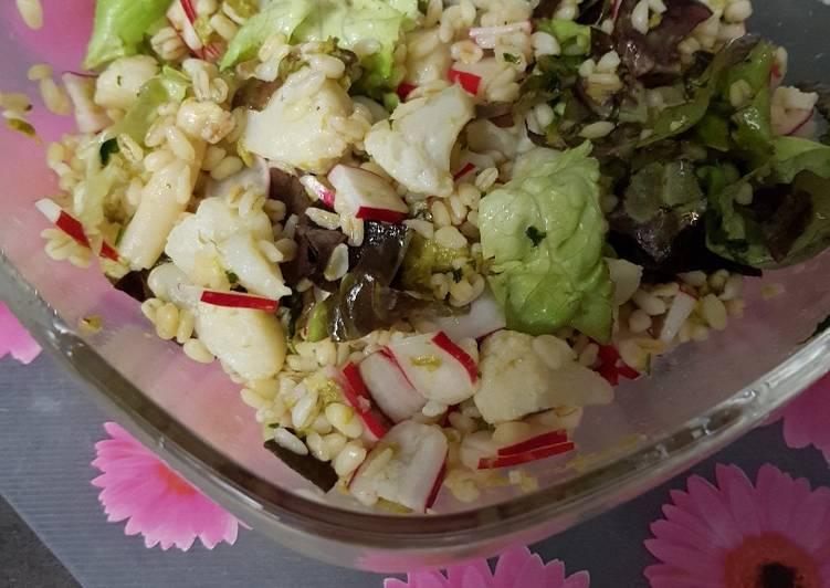Salade de blé aux asperges, choux fleur et radis