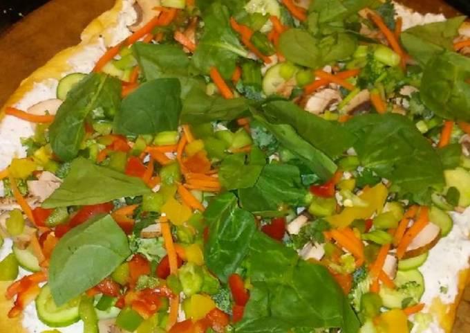 Pampered Chef's Cool Vegi Pizza
