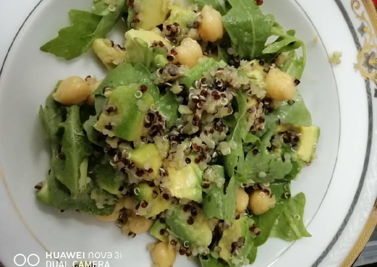 Avocado Quinoa Salad