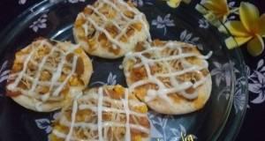 Pizza Mini Topping Kulit Pisang, Sosis, Dan Jagung