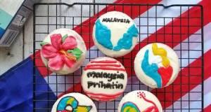 Cupcakes Buah Naga/dragonfruit