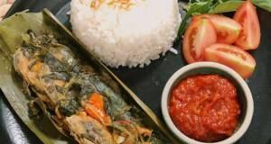 Pepes Bandeng Presto Semarang (Healthy Recipes)
