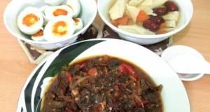 Today Menu : Kerang Kecap+ Rebus Telor Asin+ Soup Kembang Tahu