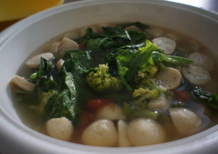 Sup Brokoli Bakso