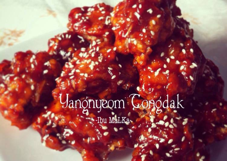 Yangnyeom Tongdak (Korean Spicy Fried Chicken)