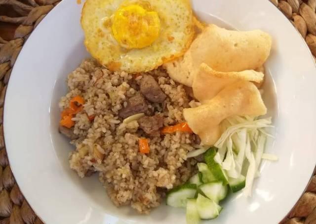Nasi Goreng Kari daging sapi