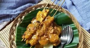 Sate Padang khas Sumatera Barat