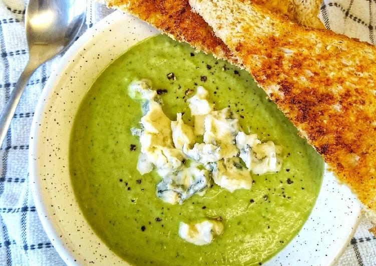 Brocolli & Stilton Soup