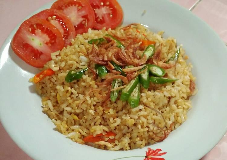 2. Nasi Goreng Telur