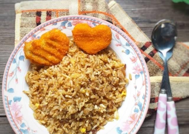 53. Nasi goreng simple untuk anak