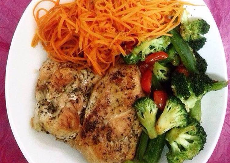 Grilled Herb Chicken with Vegetables