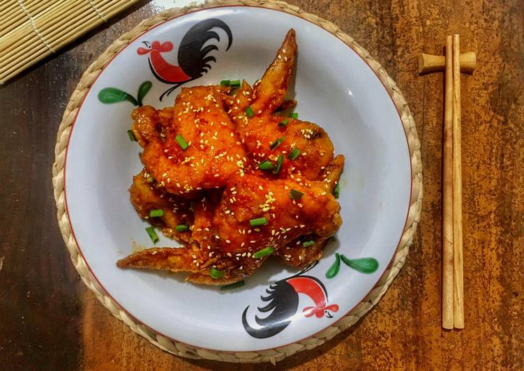 Korean Spicy Chicken Wings ()