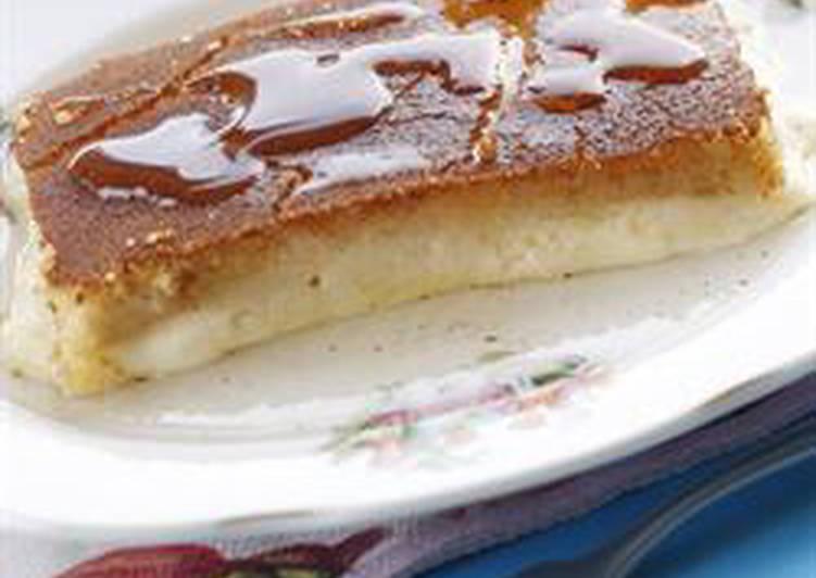 Semolina and cheese cake - knafeh bi jibneh