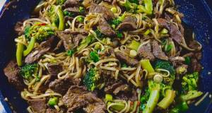 Stirfry Noodles With Beef And Broccoli