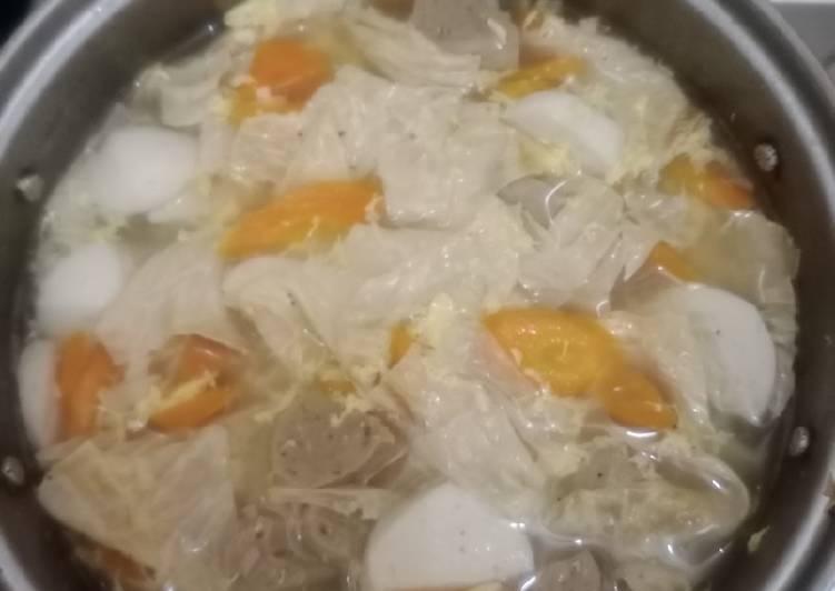 Sop BTKT (Bakso Telur Kembang Tahu) Sederhana