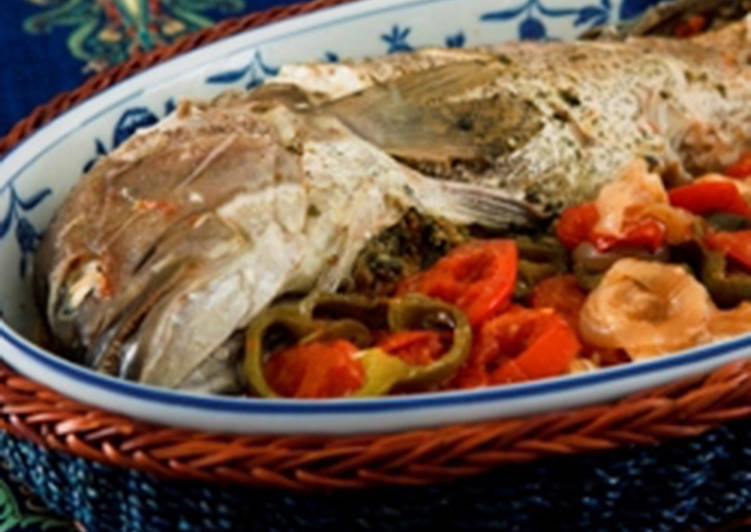 Oven baked fish with chili - samkeh harra