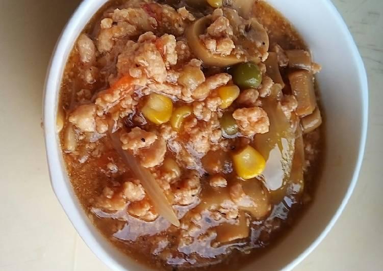 Minced Chicken Pasta Stew (slow cooker)
