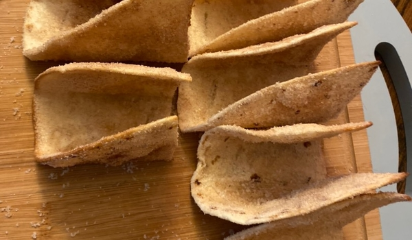 Cinnamon dessert taco shells