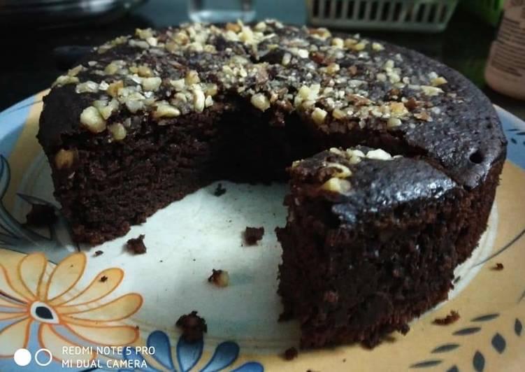 Chocolate banana walnut cake