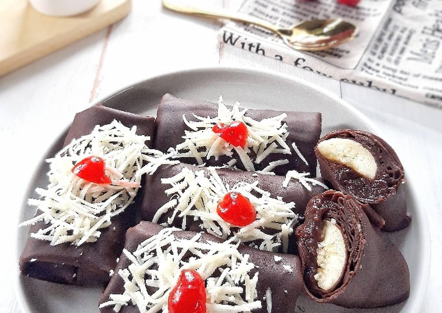 Cara Membuat Dadar Gulung Pisang Coklat