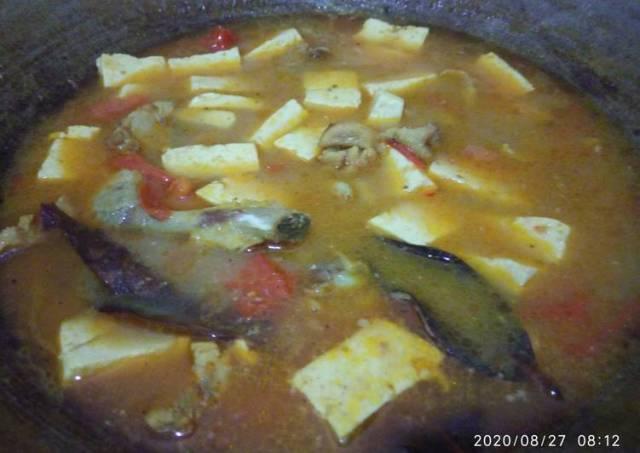 Sup ayam tahu (bahan ala kadarnya ngabisin stok ^^)