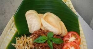 Pad Kra Pao (Daging cincang kemangi)
