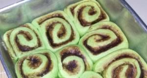 Cinnamon Roll Pandan Coklat
