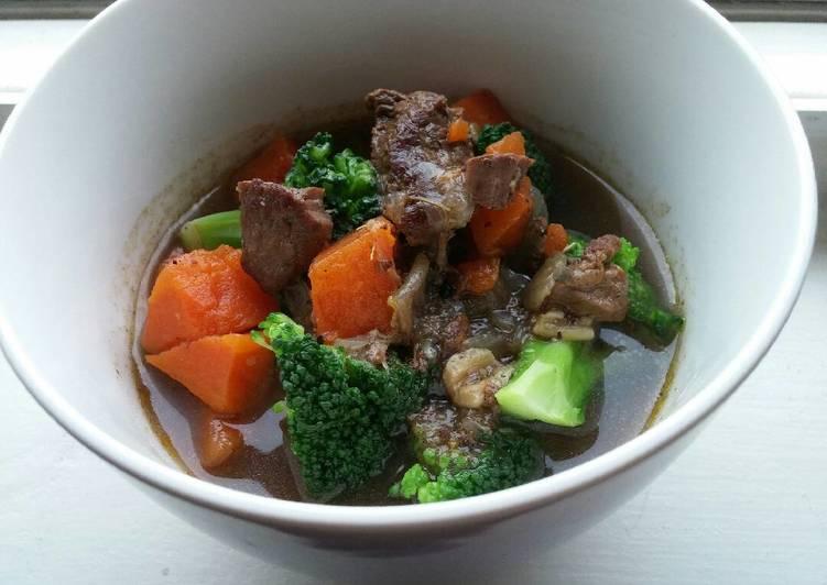Slow Cooker Beef Veggie Stew
