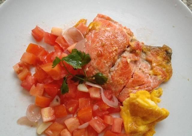 Salmon tomat