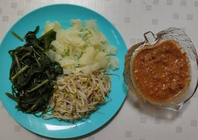 Lotek Dermayu (vegetable brown souce)