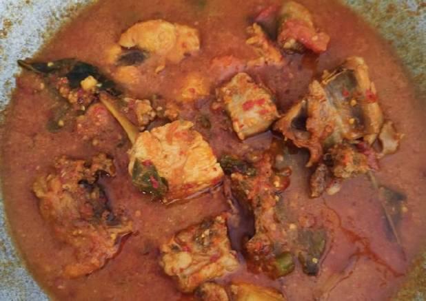 Ayam bumbu pedas