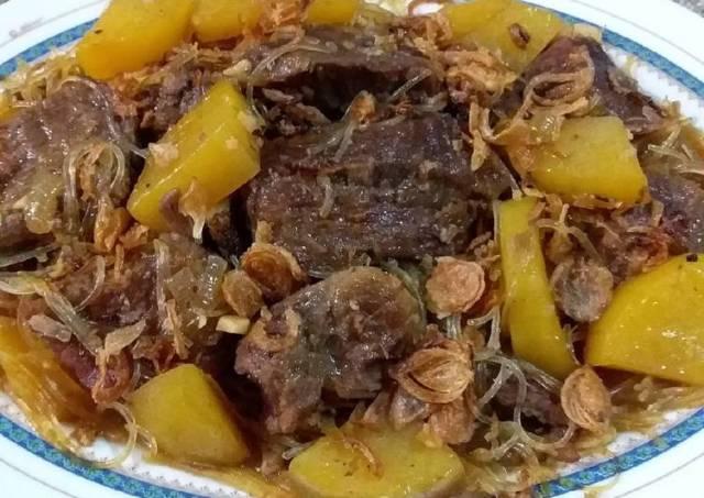 Semur daging sapi praktis dan simple bikinnya