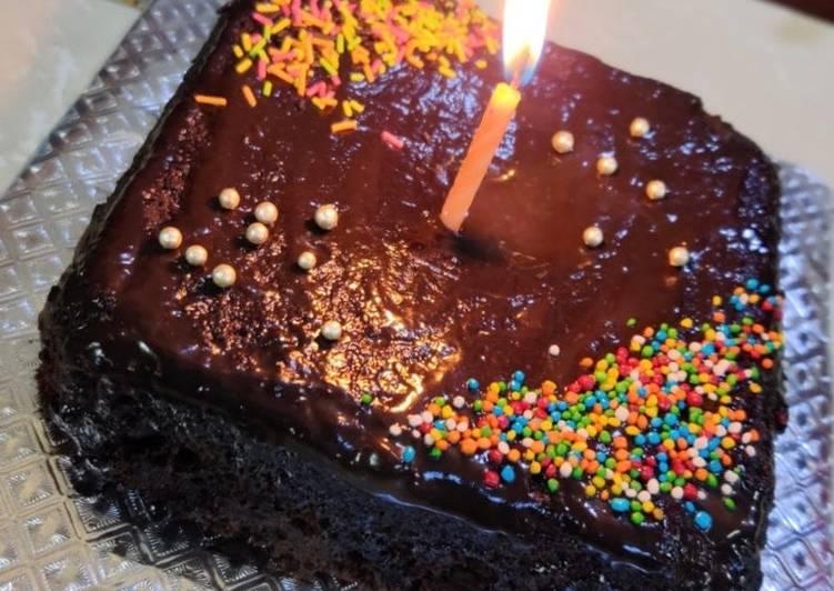 Choco-walnut biscuit cake