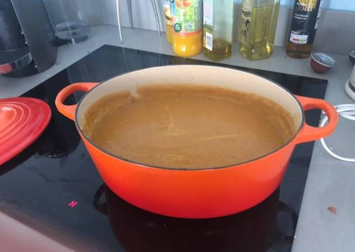 Vegan creamy parsnip soup (no potatoes)