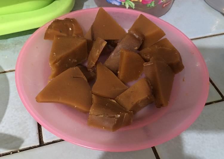 Kue keranjang goreng (kue cina)