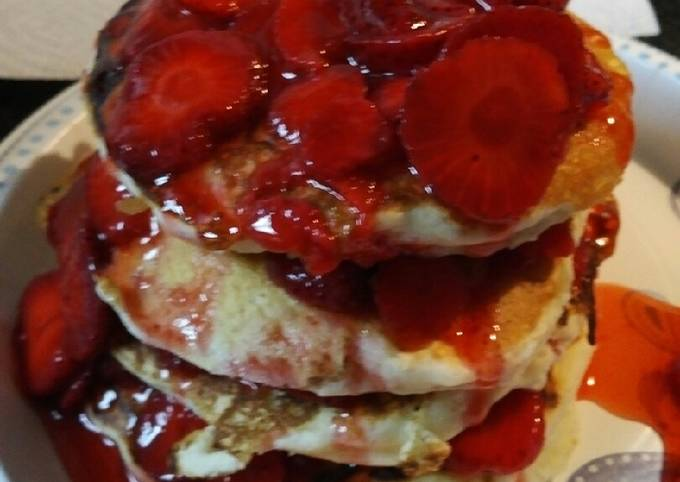 Old Fashioned fluffy Strawberry Pancakes