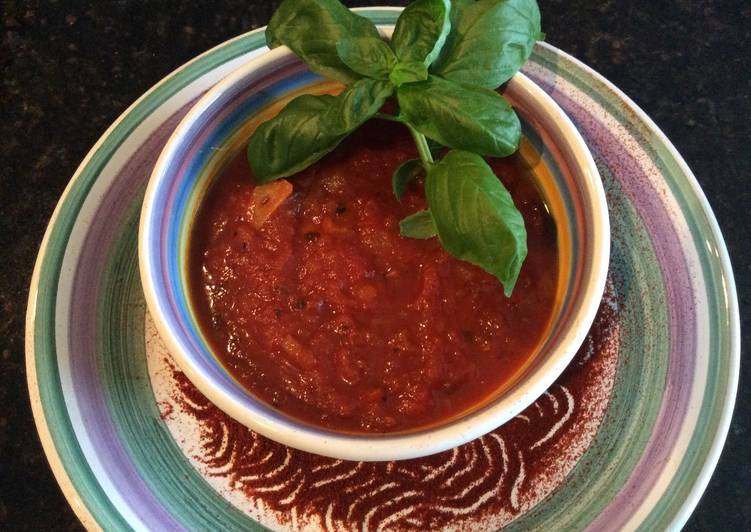 Authentic Homemade Italian Tomato Sauce