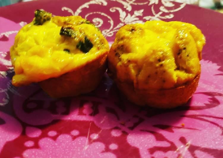 Jalapeno popper egg muffins