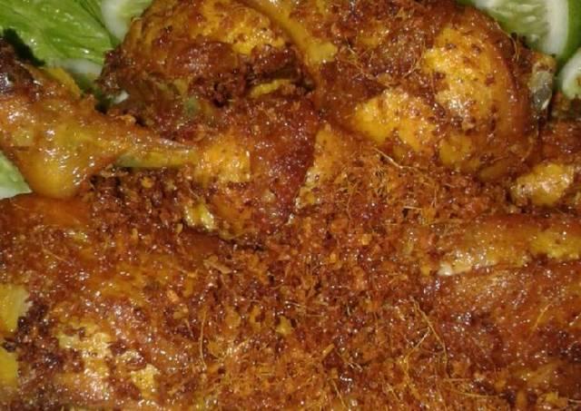 Ayam Goreng Ala Rumah Makan Padang