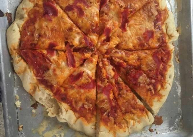 Pizza esponjosa completa súper fácil y deliciosa