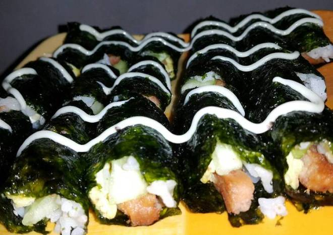 Spam and Egg Sushi Roll