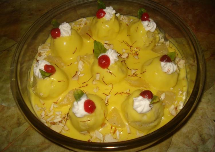 Pineapple stuffed pineapple ball payasum