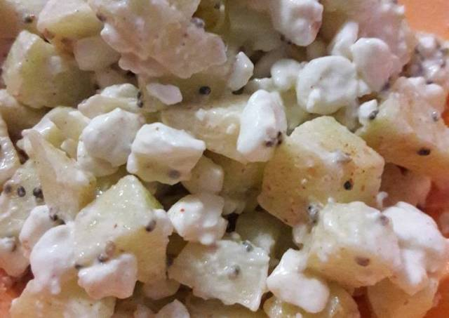 Apple with Cottage Cheese Breakfast Bowl (low carb) #ketofriendly